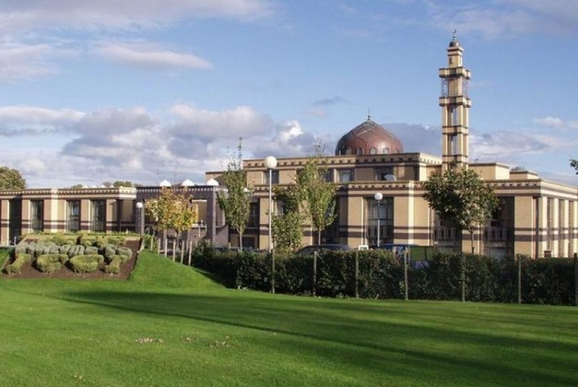 Masjid ICCI Irlandia (Ilustrasi)