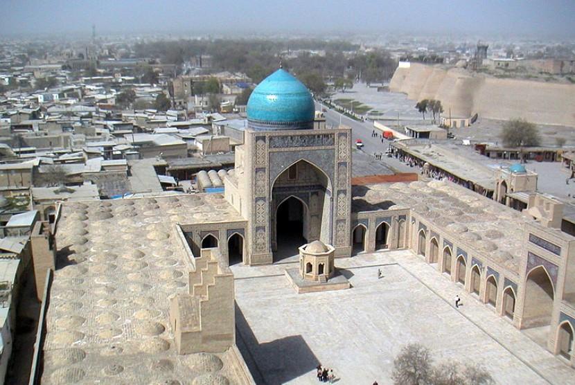 Masjid Kalan