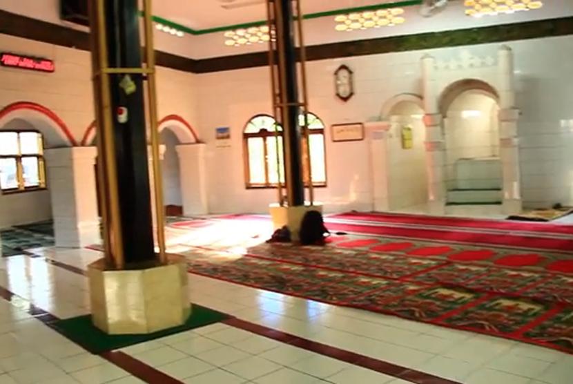 Masjid Kali Pasir Tangerang