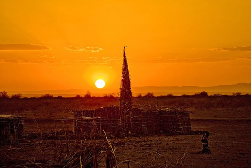 Kesederhanaan Masjid Kayu di Danakil