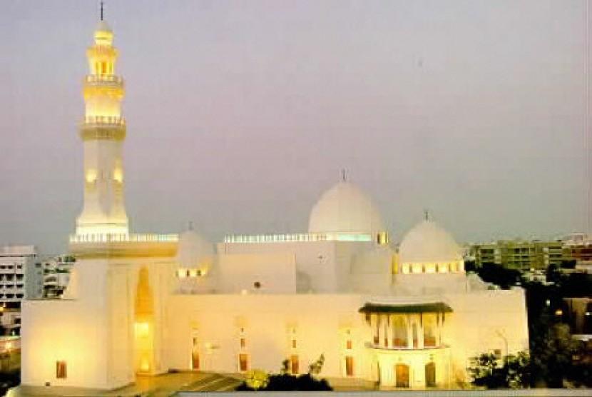 Masjid Malik Saud Miliki Fasilitas Pendidikan untuk Umum