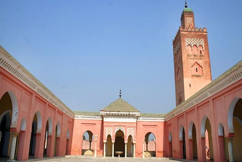 Masjid Merah di Paris Kecil Punjab
