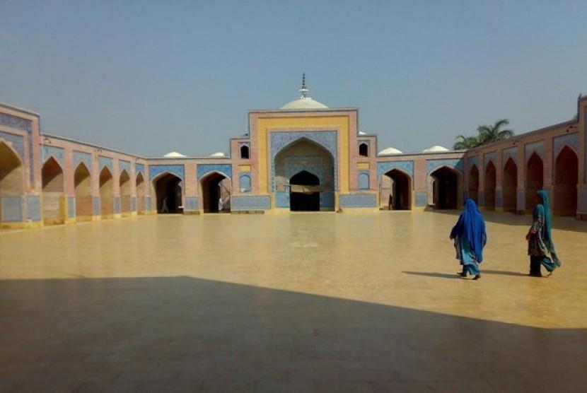 Masjid Shah Jahan di Distrik Thatta, Provinsi Sindh, Pakistan.