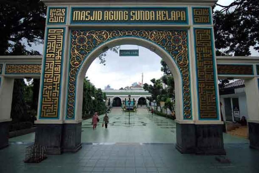 Kehadiran Imam Madinah Perkuat Syiar
