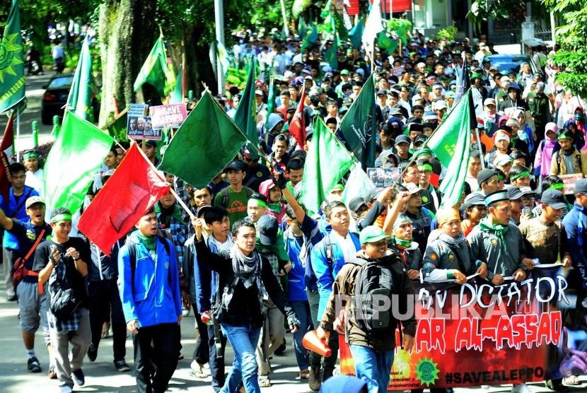 Massa Persatuan Islam (Persis) dalam silaturahim akbar.