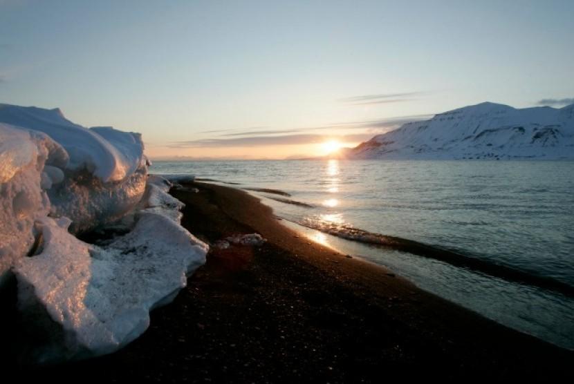 Permalink to Fakta-Fakta Unik Seputar Kutub Utara