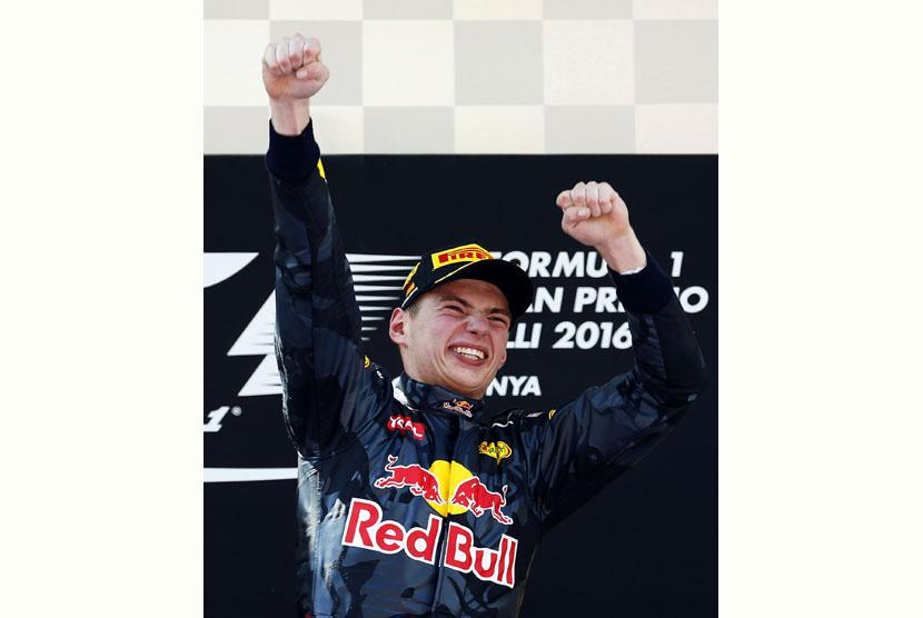 Terdepan di GP Spanyol, Max Verstappen Cetak Sejarah