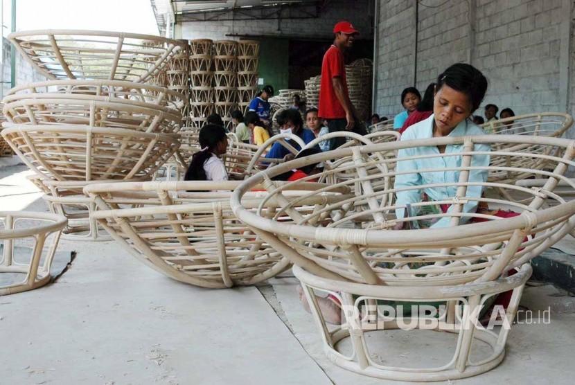 Cina akan Buka Pabrik Mebel Rotan, Ini Kata Pengusaha Lokal
