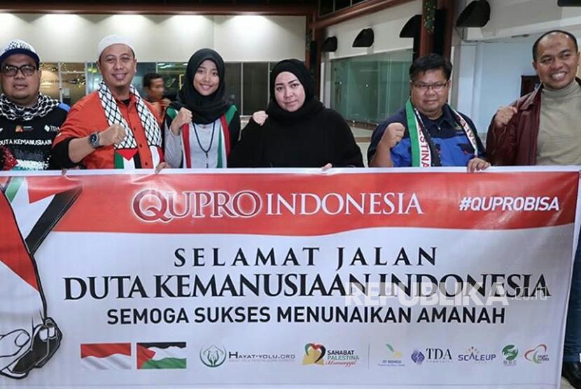 Melly Goeslaw berangkat ke Palestina untuk misi kemanusiaan bersama Qupro Indonesia.
