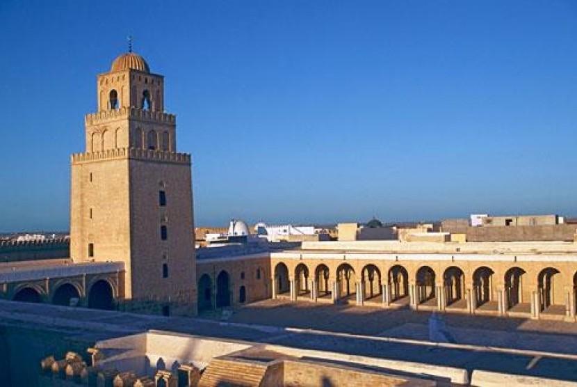 Menara masjid di Kairouan, Tunisia.