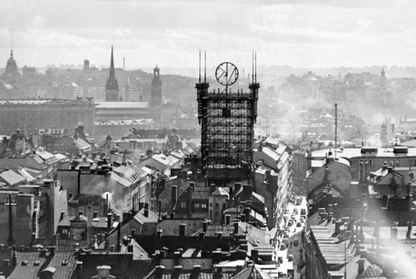 Kisah Telepon Umum Swedia di Atas Menara