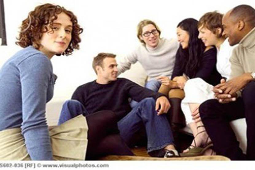 Mengobrol dengan teman/ilustrasi