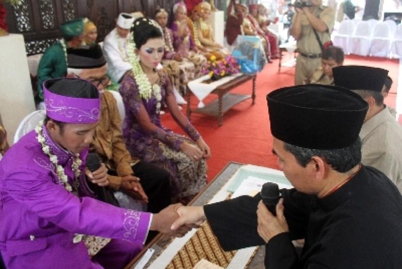 Menikah adalah sunah Rasulullah SAW, tak terikat waktu-waktu tertentu.