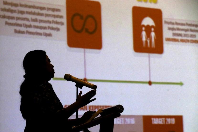 indonews: Puan: Lestarikan Batik Indonesia