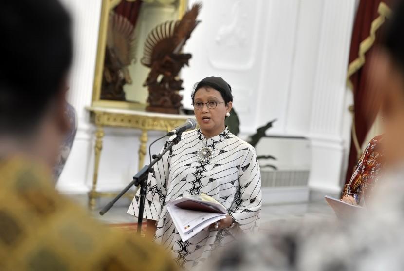 Menlu Retno LP Marsudi memberikan keterangan terkait pelarangan akses oleh otoritas Israel beberapa waktu lalu, Istana Merdeka, Jakarta, Selasa (15/3).