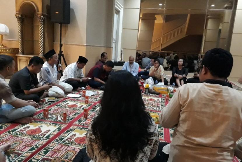 Menghayati Kandungan Al Baqarah di Menteng Muslim Center