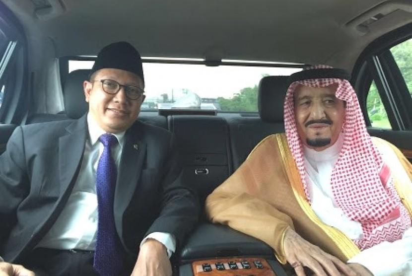Menteri Agama Lukman Hakim Saifuddin bersama satu mobil dengan Raja Salman