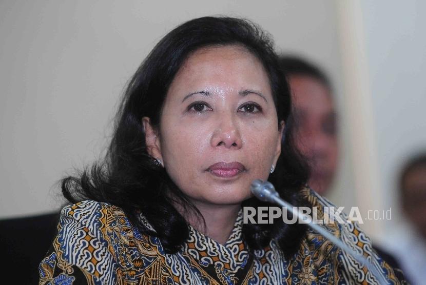 Menteri BUMN, Rini Sumarno