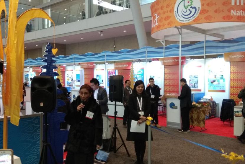 Menteri Kelautan dan Perikanan RI, Susi Pudjiastuti hadiri Seafood Expo North Amerika (SENA), di Boston, Amerika Serikat, Ahad (11/3).