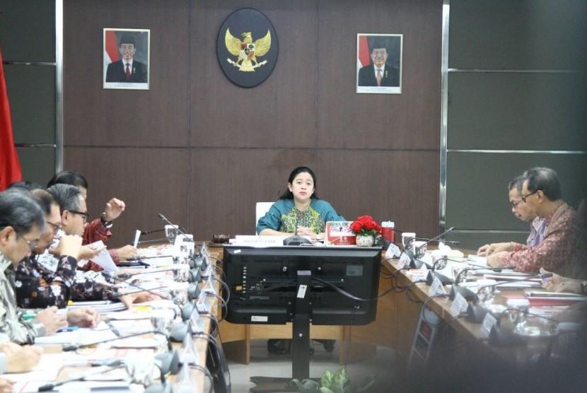 Menko PMK: Pemerintah Siap Salurkan Bansos dan BNPT 2018