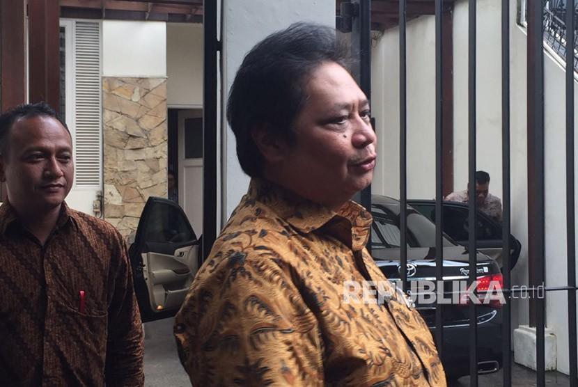 Airlangga Siap Bersaing dengan Titiek Soeharto Jadi Ketum Golkar