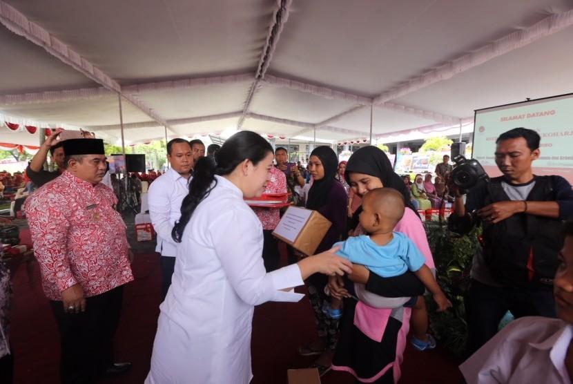 Menteri PMK Puan Maharani melakukan kunjungan kerja ke RSUD Ir Soekarno di Sukoharjo.