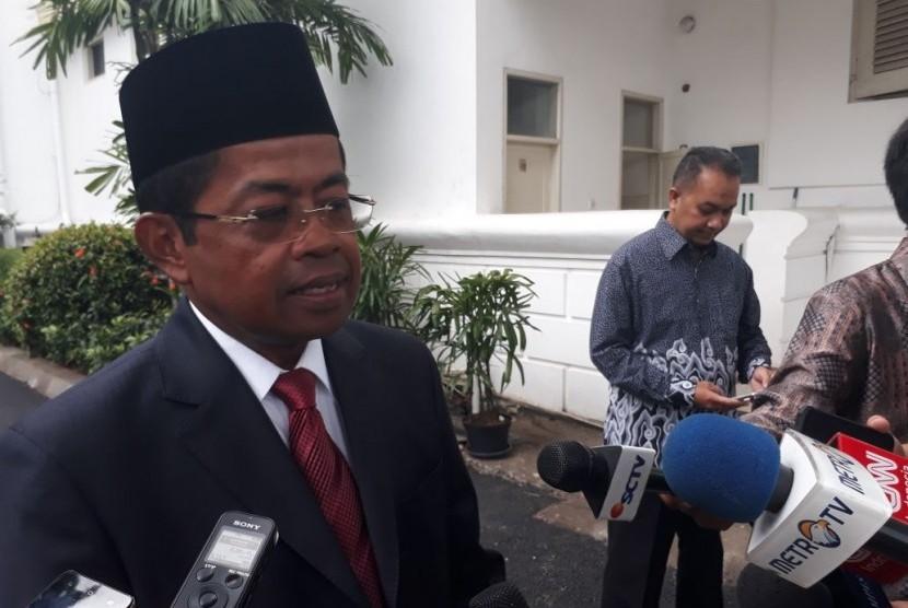 Menteri Sosial Idrus Marham memberika  keterangan pers usai pelantikannya di Istana Negara, Rabu (17/1).