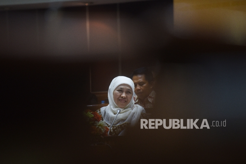 Pilgub Jatim, Khofifah akan Lapor ke Presiden Jokowi