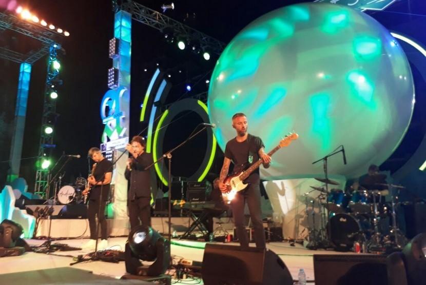 MEW tampil pada Soundrenaline 2017 di Garuda Wisnu Kencana (GWK), Sabtu (9/9) malam.