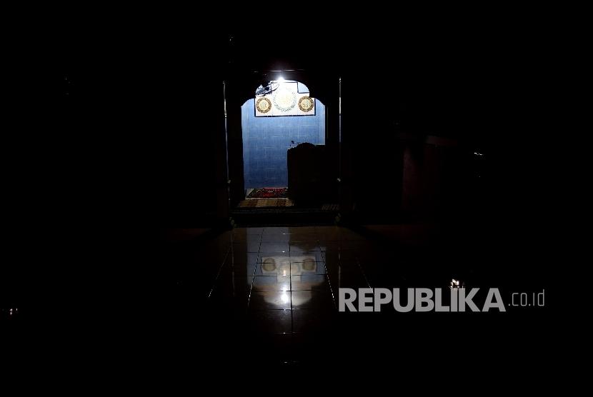 Mihrab sebuah musola di Kalijodo (foto: Yasin Habibi/Republika)