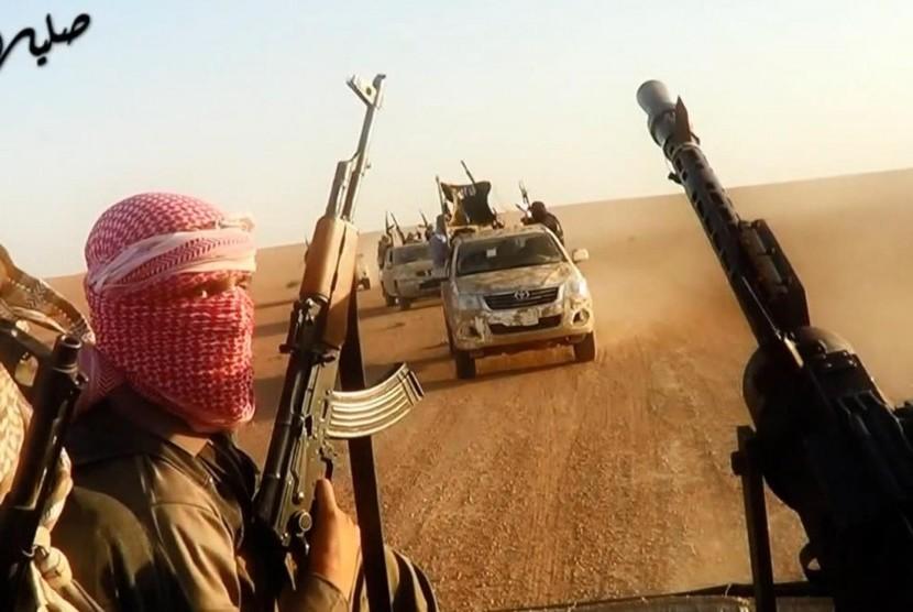 Militan ISIS kuasai Irak dan Suriah.