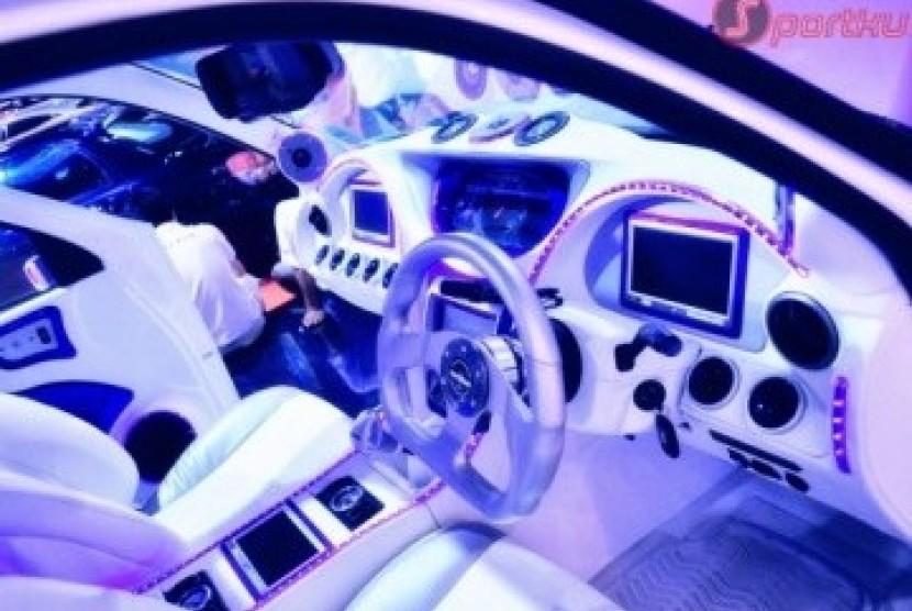 Modifikasi mobil (ilustrasi)