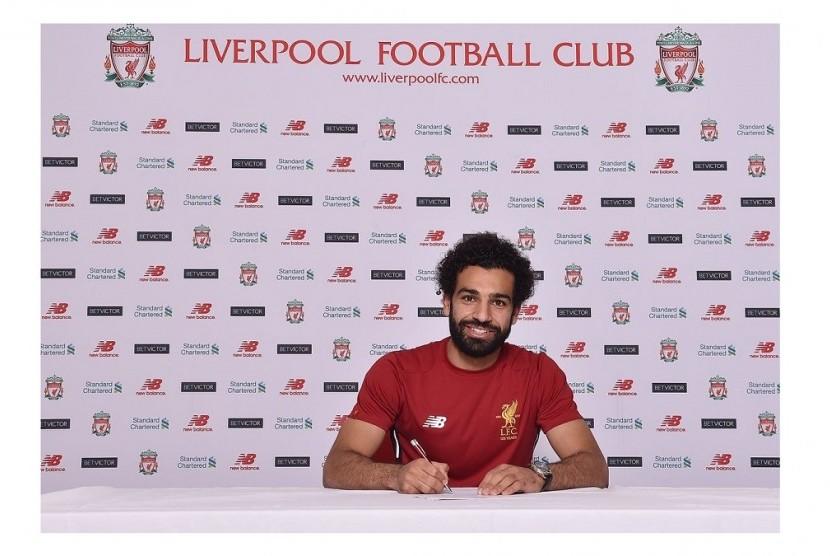 Liverpool Resmi Kontrak Mohamed Salah