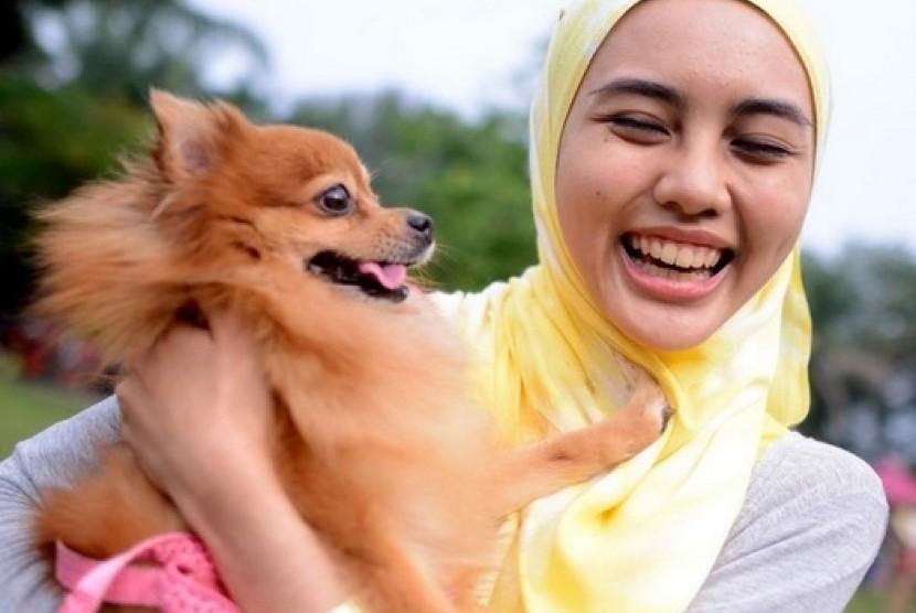 Pebisnis Sensor Gambar Anjing Hindari Protes Umat Islam