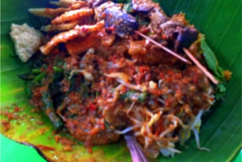 Nasi pecel Yu Sri