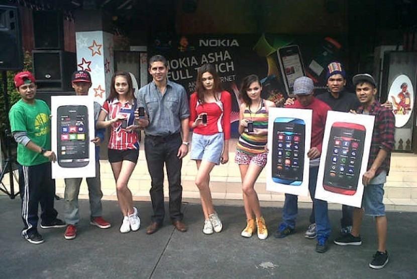 Nokia meluncurkan tiga produk terbarunya, yakni Nokia Asha 305, Nokia Asha 306 dan Nokia Asha 311.