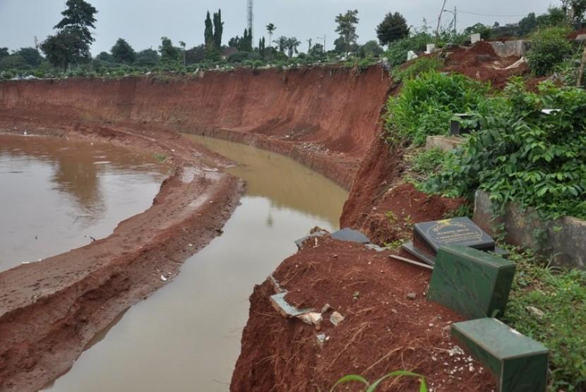 Normalisasi Sungai Pesanggrahan