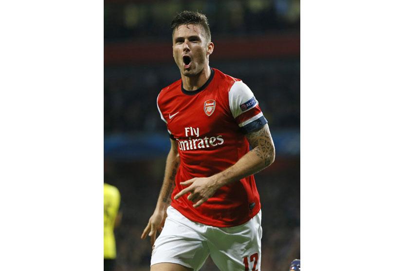Giroud Selamatkan Arsenal dari Kekalahan