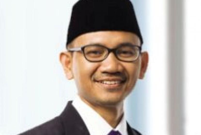 Oni Sahroni, Anggota Dewan Syariah Nasional Majelis Ulama Indonesia