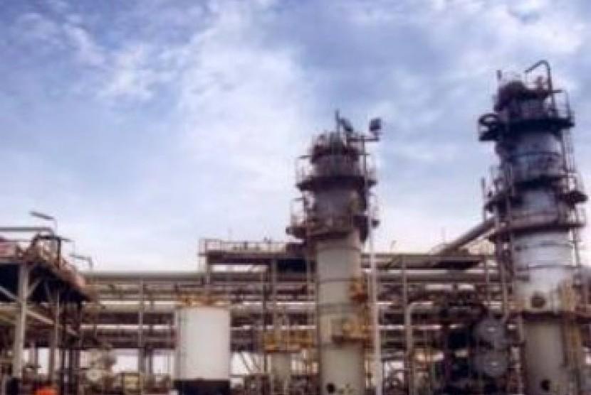 Pabrik Kilang Gas di Arun