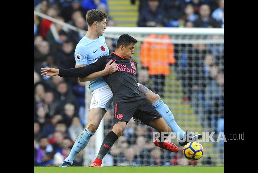 Guardiola Sanjung Bek Muda Manchester City