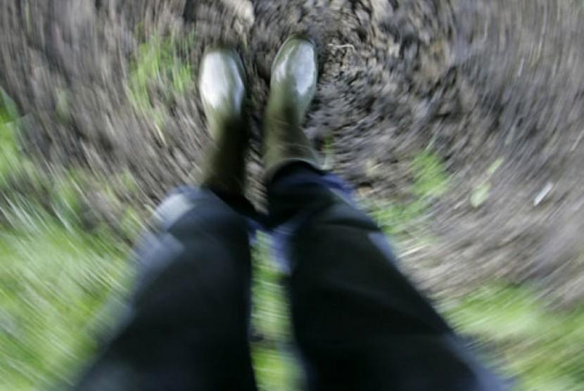 Pandangan kabur dan tidak jelas akibat limbung dan penurunan kesadaran (ilustrasi)