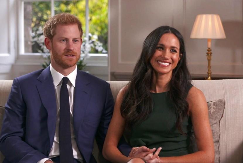 Harry Yakin Putri Diana Sangat Bahagia dengan Pertunangannya