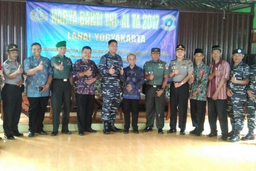 Lanal Yogyakarta Gelar Karya Bhakti TNI AL di Gunungkidul