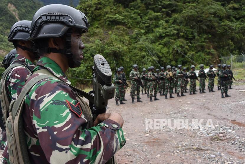 Polri dan TNI Sepakat tak 'Kendor' Buru Kelompok Bersenjata