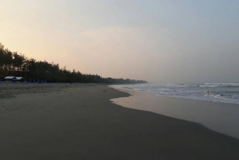 Pantai Panjang, Bengkulu.