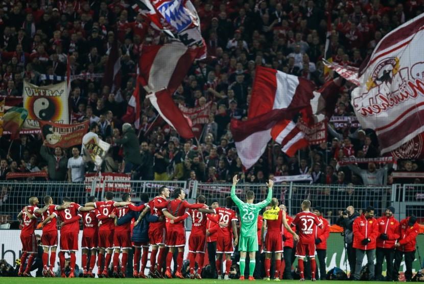 Der Klassiker, Muenchen Pecundangi Dortmund 3-1