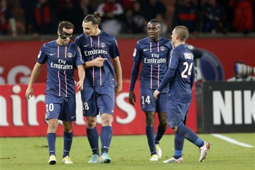 Para pemain PSG, dari kiri ke kanan: Nene, Zlatan Ibrahimovic, Blaise Matuidi, dan Marco Verratti.
