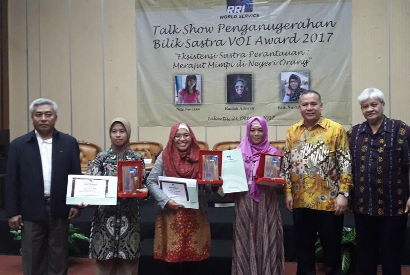 3 Cerpenis Rantau Raih Bilik Sastra VOI Award 2017