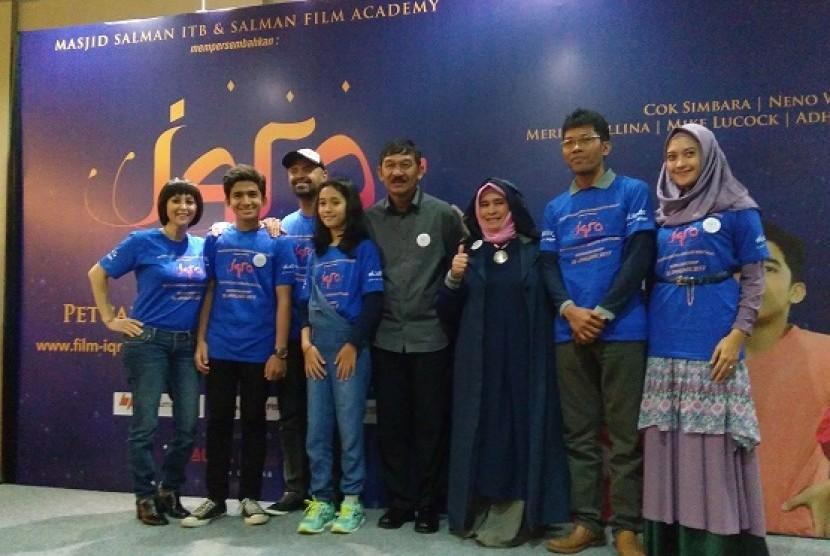 Para pendukung dan pemain Film Iqra: Petualangan Meraih Bintang
